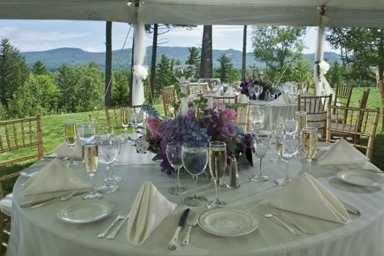 White Mountain Hotel and Resort: Tent Wedding Views