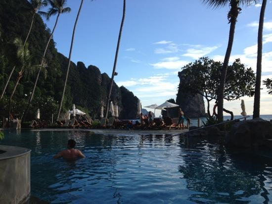 Centara Grand Beach Resort & Villas Krabi: The pool