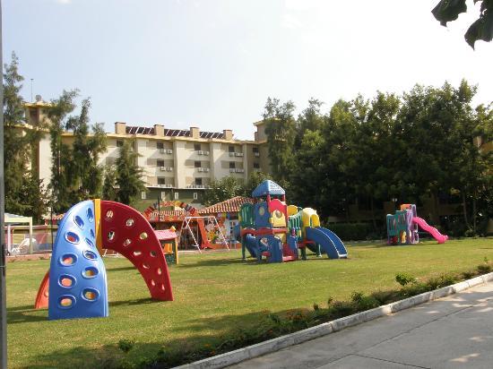 Club Hotel Phaselis Rose: Children play ground