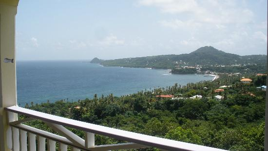 Treetops Villa Guest House: View of Sauteurs from Treetops deck
