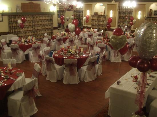 Lisdoonie Hotel : ballroom