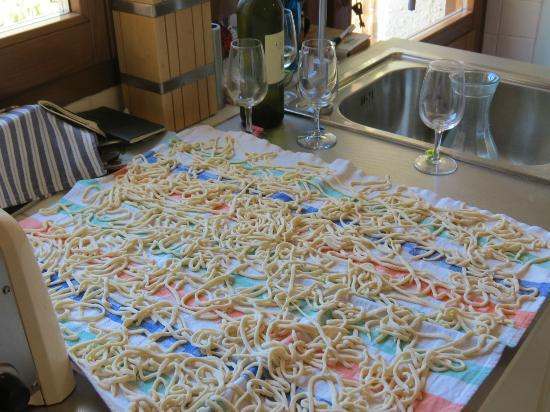 In Campagna Cooking Classes: Our pasta drying on the table waiting for lunch time!