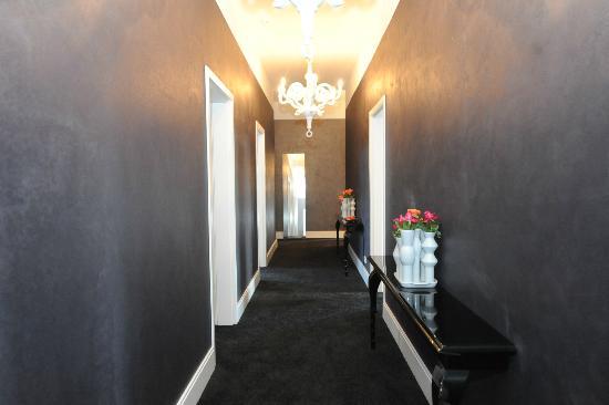 Hotelflur bild von rosenbohm designhotel oldenburg for Designhotel rosenbohm