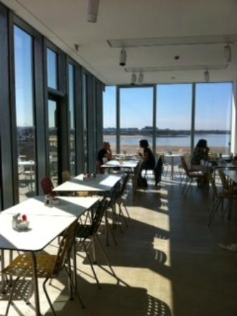 turner contemporary cafe cafe interior showing sea view - Contemporary Cafe Interior