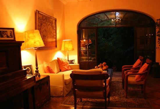 Villa Ganz: Cálido ambiente, ideal para la lectura.