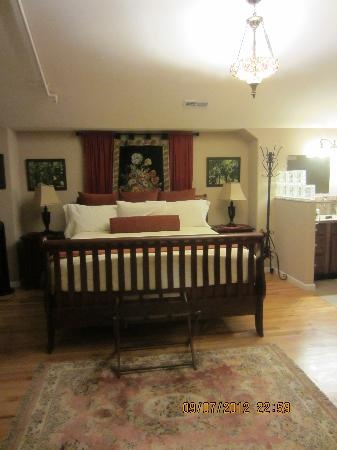 Residence Hill Bed & Breakfast: Suite