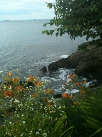 Beloin's on the Maine Coast: Beloin's: Summertime View from Room