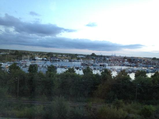 Scandic Sluseholmen: nice view I though...on the railways I discovered at night !!!!!
