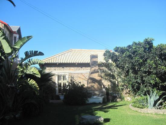 AquaGem Guesthouse: Terrasse