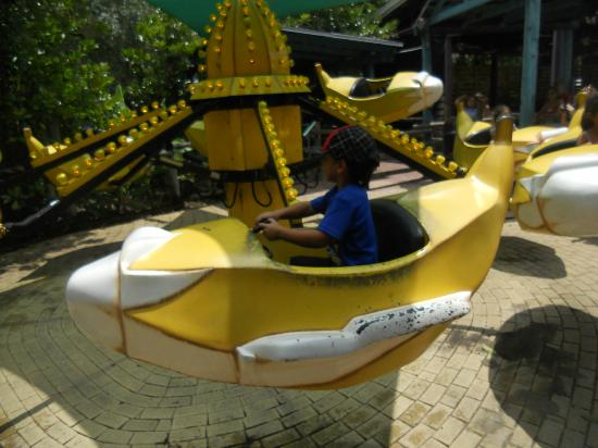 ZooTampa at Lowry Park: He loves the banana ride