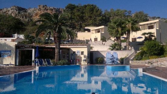 Hotel / Villaggio Cala Mancina: la piscina
