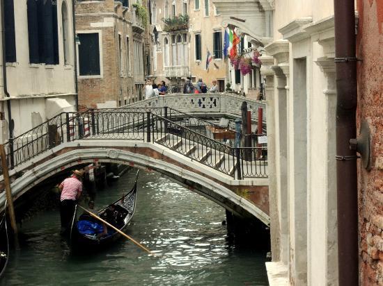 Venice 2000: Bridge inVenice