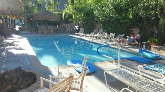 The Coyote Inn: View of pool from door of our room
