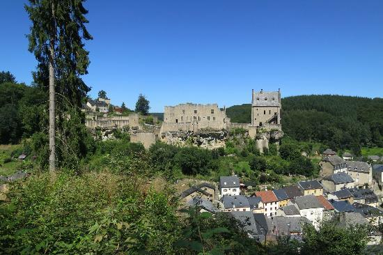Larochette castle photo de mullerthal trail mullerthal tripadvisor - Location chaise roulante luxembourg ...