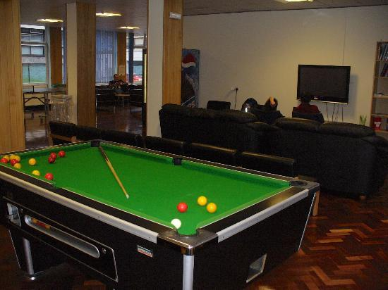 LSE Carr-Saunders Hall: Common Room.