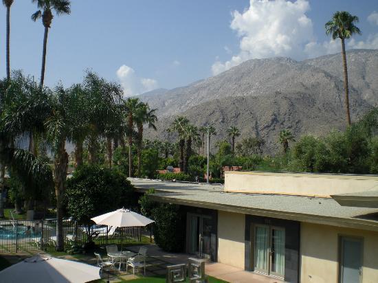 7 Springs Inn & Suites: Vista desde el hotel