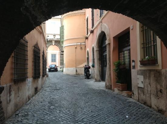 Residenza Arco dei Tolomei: outside of front entrance to B&B