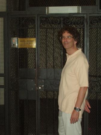 Hotel Duomo Firenze: elevator up