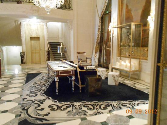 Le Meurice: Sitting area