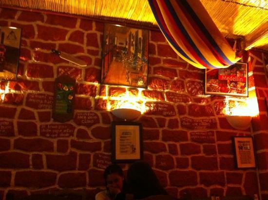 El juanchito picture of juanchito paris tripadvisor el juanchito altavistaventures Choice Image