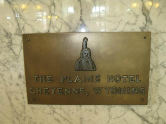 The Historic Plains Hotel: plaque