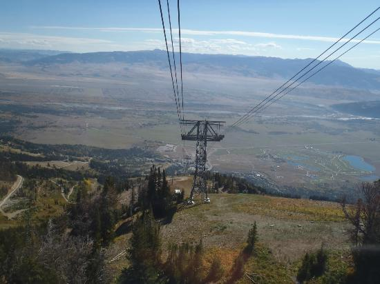 ‪‪Jackson Hole Aerial Tram‬: View on the descent‬
