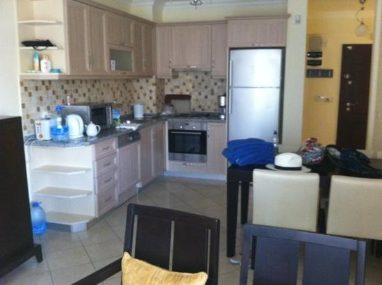 CLC Apollonium Spa & Beach: kitchen area