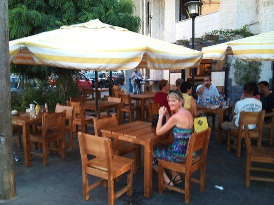 Fatatri : Outdoor seating