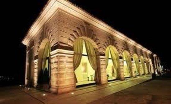 Spresiano, Italië: Boccondivino by night