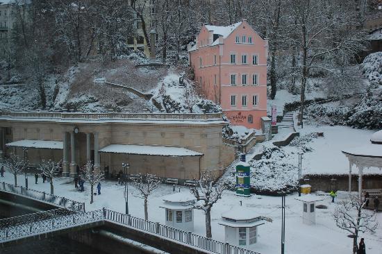 Hotel Kolonada: Vue de la chambre