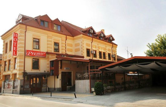 Hotel Premier Centar: very good location