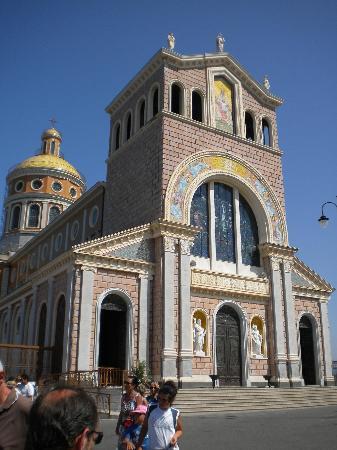 Sanctuary of the Madonna di Tindari : facciata stile barocco siciliano