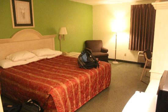 Super 8 Southaven : Nice place to rest, sleep or nap