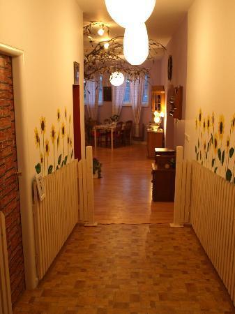Babiccina Zahradka: Entrance