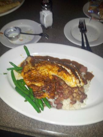 Mitchell's Fish Market - Jacksonville: Blackened Tilapia, Red Beans and Rice and Green Beans
