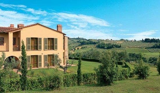 Il Borgo di Villa Bossi-Pucci: Exterior and Front Yard