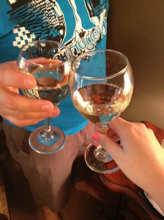 The Del Ray B&B: Cheers to our first B&B!