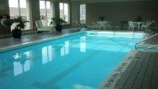 The Ritz-Carlton, Cleveland: the pool