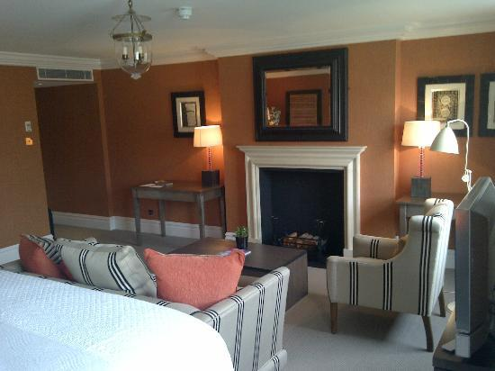 Charlotte Street Hotel: Junior Suite - Room 300