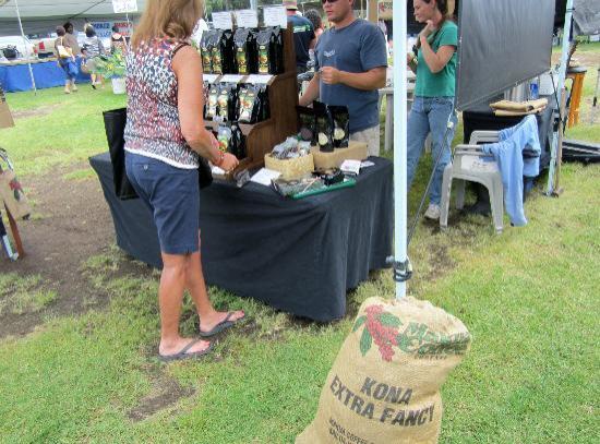 Waimea Homestead Farmers Market: Kona Coffee