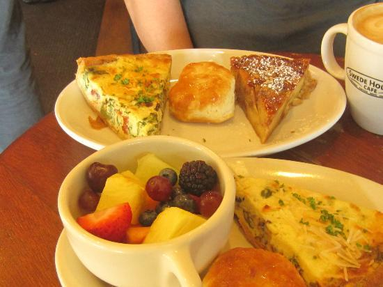 Swede Hollow Cafe: Saturday morning quiche, bread pudding & biscuits