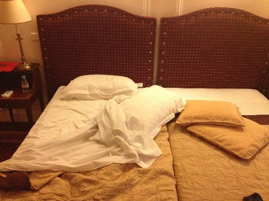 Hotel Lotti Paris : small beds