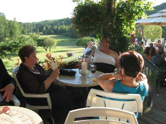 Auberge Val Carroll: dining area