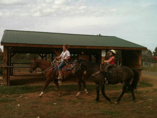 Zion Ponderosa Ranch Resort: Horseback riding