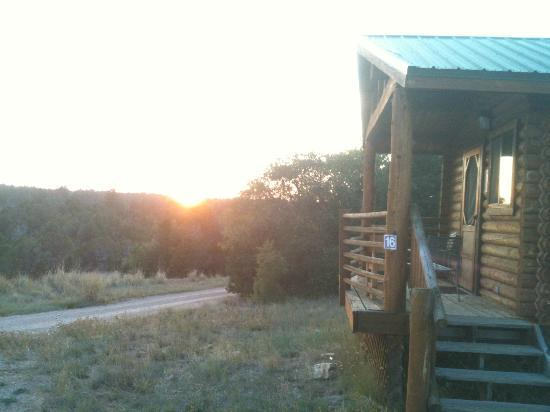 Zion Ponderosa Ranch Resort: sunset from cabin