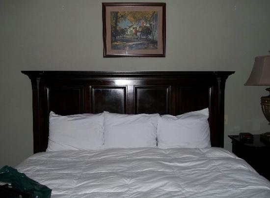 The Stowe Inn: King Bedroom