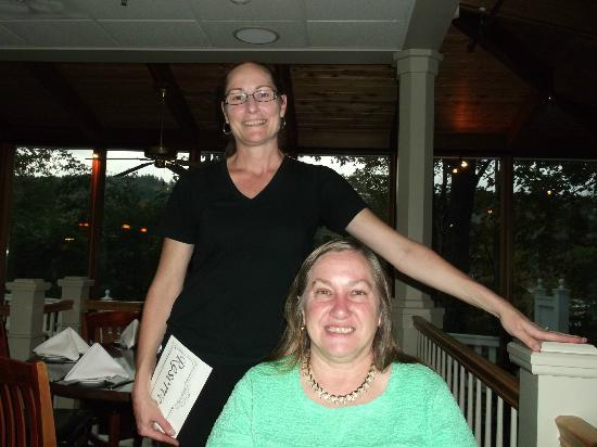 The Stowe Inn: Yvette guides you thru dinner and history