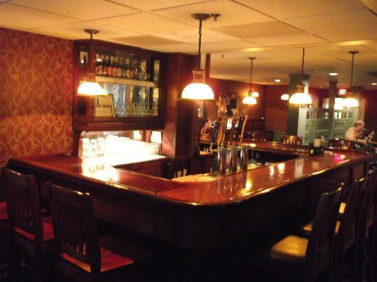 The Stowe Inn: Grants Bar from NYC Irish Pub