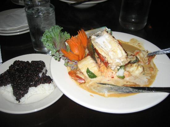 Sweet Basil Thai Cuisine Eugene: Panang Seafood
