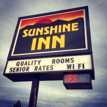 Sunshine Inn, Wall, SD